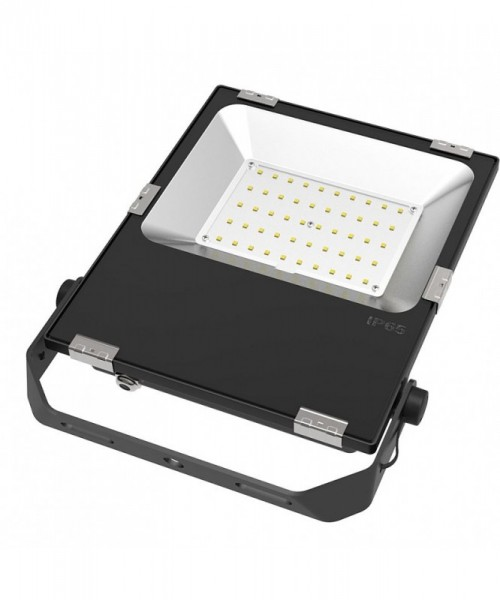LED-Flutlichtstrahler Hochvolt DC-kompatibel (gleichstrom-fähig) LED50FV4A22LoKW kaltweiss (5000°K) für extreme Luftfeuchte. Einsetzbar im Spannungsbereich: 100-277V AC 80-269V DC