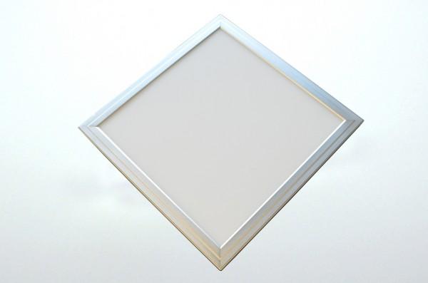 LED-Panel Hochvolt LED120PAL62 warmweiss (3000-3500°K) Einbaupanel. Einsetzbar im Spannungsbereich: 90-305 AC